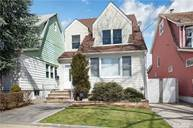 147-05 16th Rd Whitestone NY, 11357