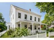 71 Narragansett Av Jamestown RI, 02835