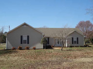 40 Boyce St Savannah TN, 38372