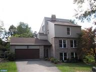 54 Nassau Cir Reading PA, 19607