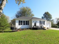 303 Parkview Dr Bloomfield IA, 52537