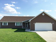 307 Earl Court Rossville IL, 60963