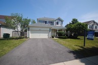 2321 North Periwinkle Way Round Lake Beach IL, 60073