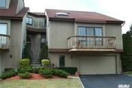 34 Clubside Dr Woodmere NY, 11598