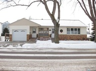 209 E 4th St Dell Rapids SD, 57022