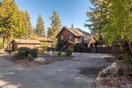 10450 N Lakeview Dr Hayden ID, 83835