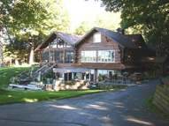 451 Smoky Lake Dr Iron River MI, 49935