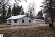 3689 Wallaker Road Benzonia MI, 49616