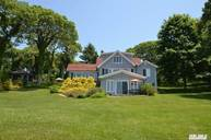 805 Meadow Beach Ln Cutchogue NY, 11935