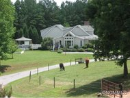 525 Carriage Row Tryon NC, 28782