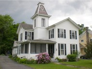 197 York St Poultney VT, 05764