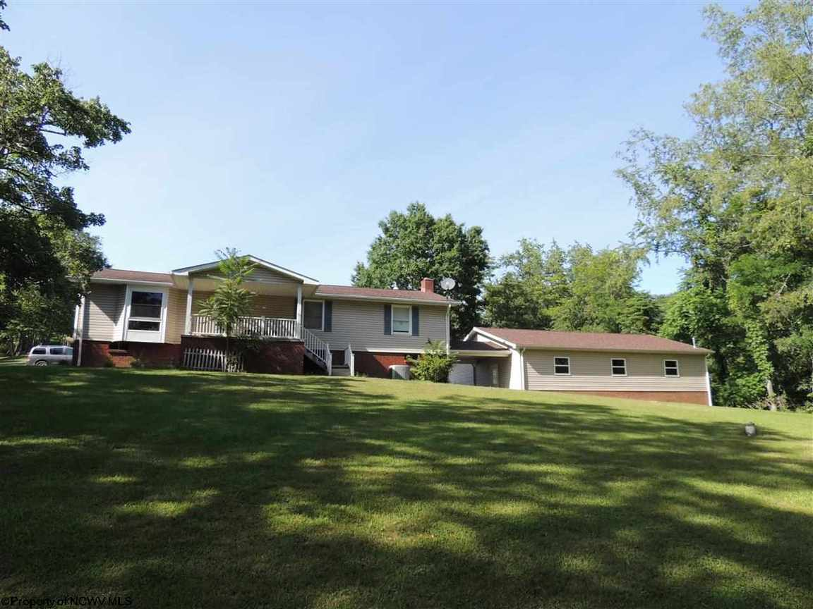 3552 Mineral Rd Jane Lew WV, 26378