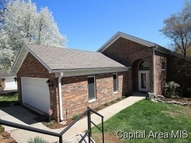 2100 Timbercrest Dr Springfield IL, 62702