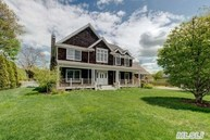 34 Jessup Ave Quogue NY, 11959