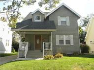 1463 Redwood Ave Akron OH, 44301