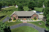 8239 Houston Ln Pewee Valley KY, 40056