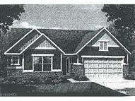 2717 Superior Dr Green OH, 44232