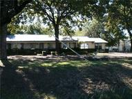 303 W Simonds Road Seagoville TX, 75159