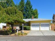 5025 Ne Ainsworth Ct Portland OR, 97218