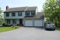 76 Rosewood Drive Brownstown PA, 17508