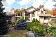 511 W Minsi Trl Long Pond PA, 18334