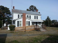 562 Sandbank Road New Point VA, 23125