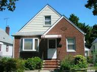 244-15 85th Ave Bellerose NY, 11426