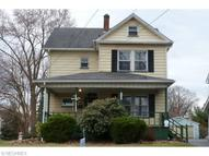 18 East Wilson St Struthers OH, 44471