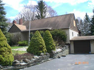 26 Maple St New Milford PA, 18834