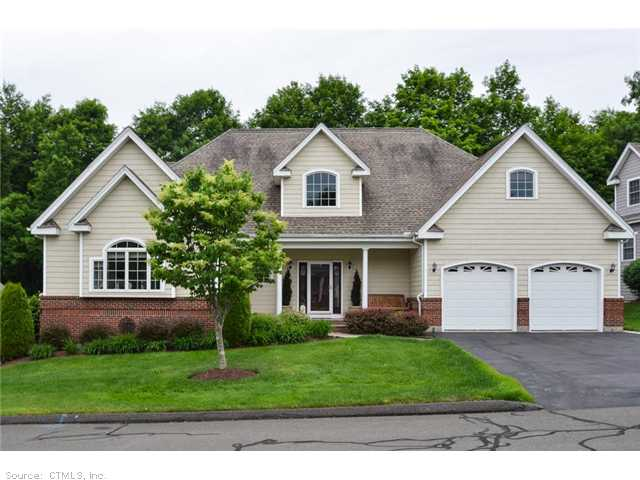 12 Avery Rd 12 Bloomfield CT, 06002