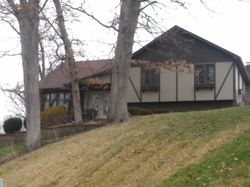 24 Deer Hollow Drive Coal Valley IL, 61240