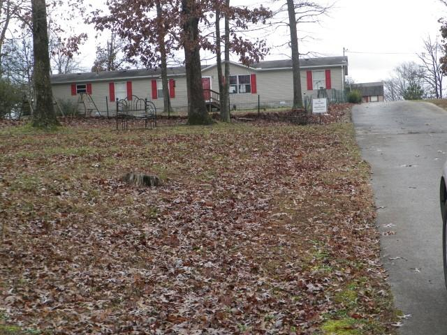 6729 Oak Springs Rd Nunnelly TN, 37137