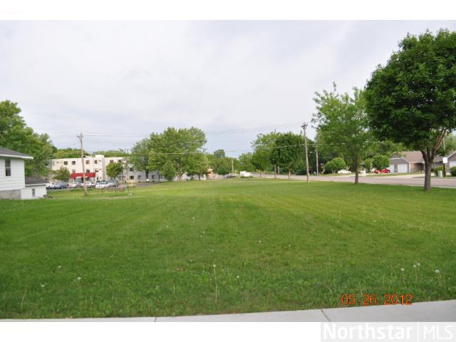 570 1st Street N Winsted MN, 55395
