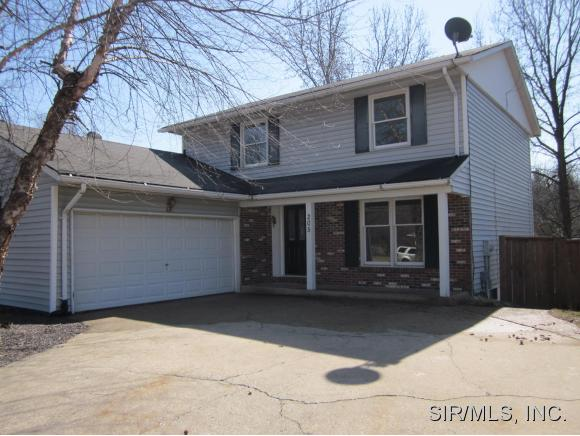 205 Riverwoods Cove East Alton IL, 62024