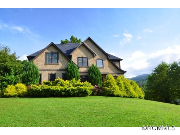 11 Willow Side Ct Fairview NC, 28730