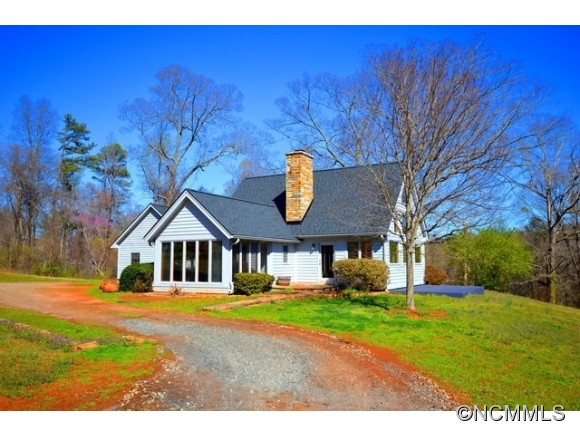 1050 Hunting Country Road Tryon NC, 28782